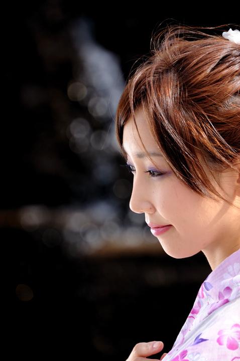 girl-02-s.jpg