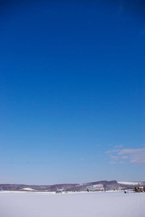 snow-sky-s.jpg
